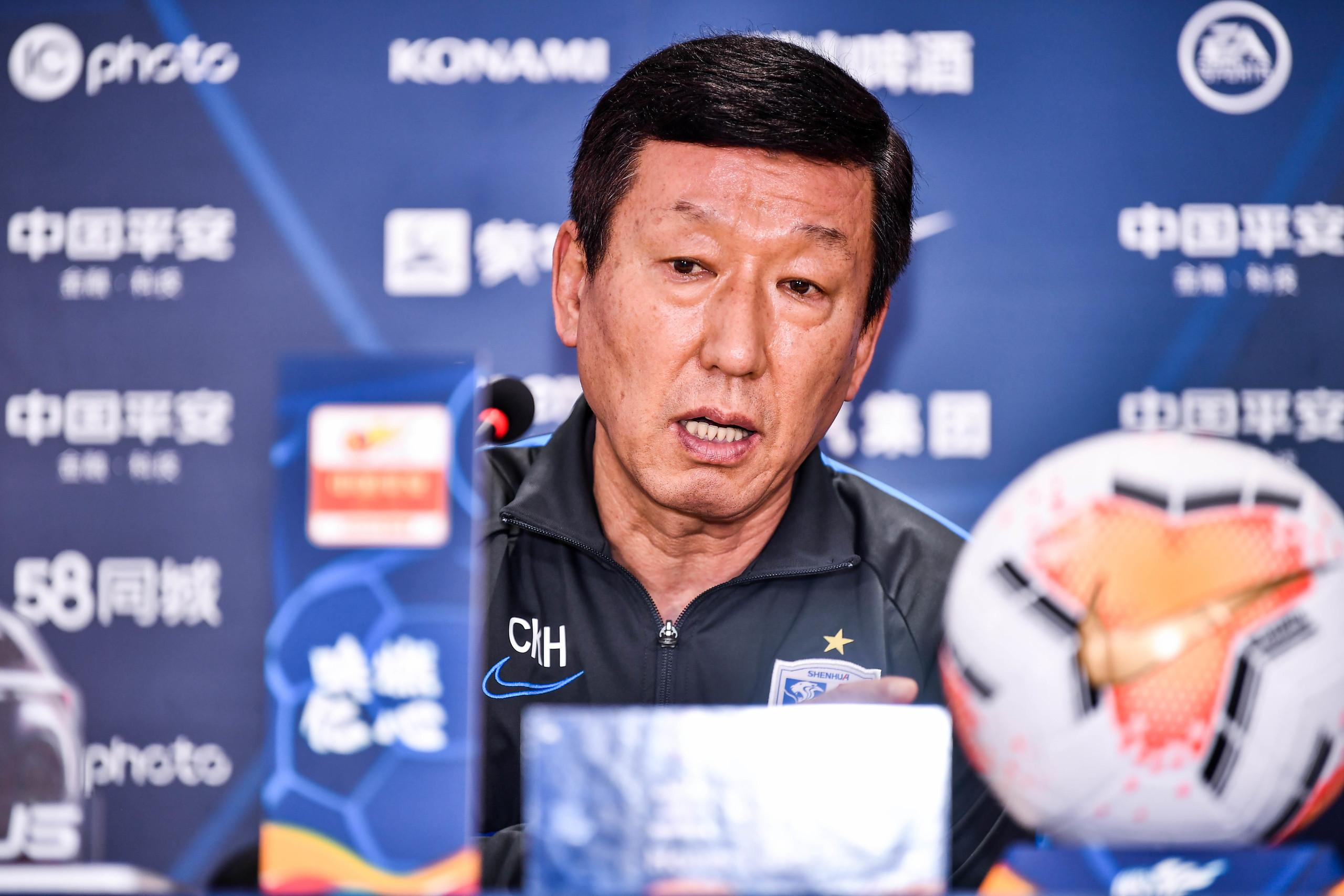 崔康熙:金信煜回来得给小毕打替补,中国球员太依赖外援