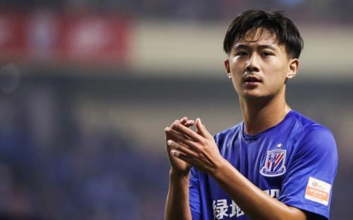 津媒:为补强后防,泰达正谋求引进申花U23球员蒋圣龙
