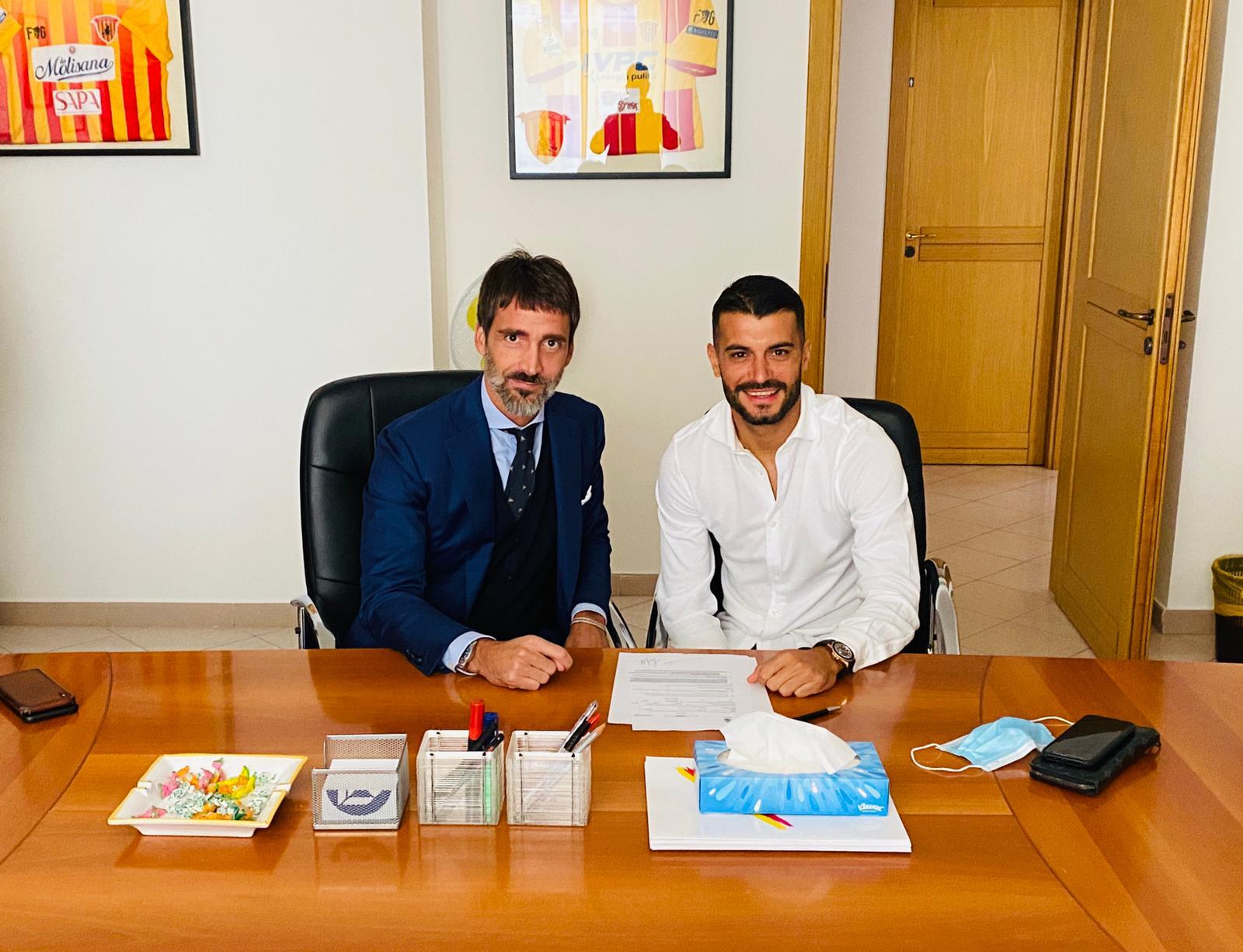 都灵官方:西班牙边锋亚戈-法尔克被租借至贝内文托