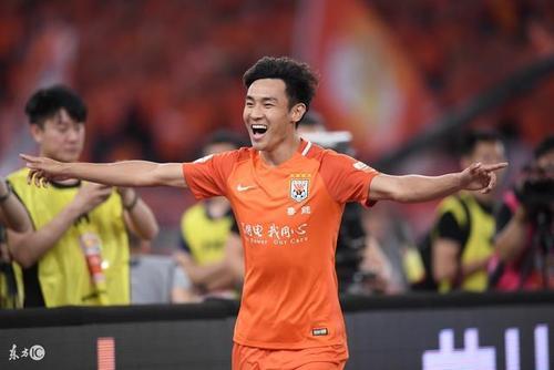 官方亚博平台APP:刘云因伤退出国家队集训,吴兴涵补招进入国足
