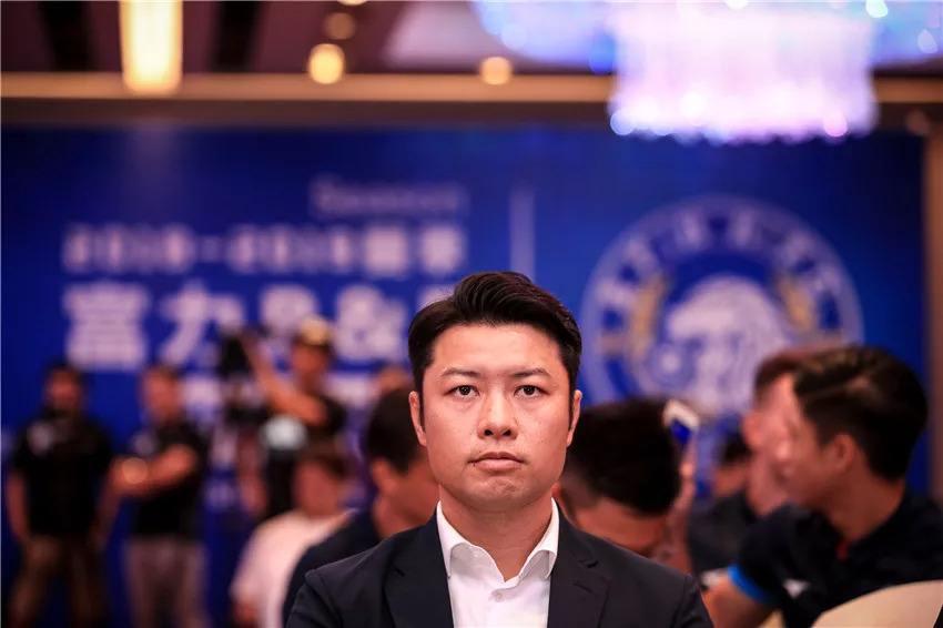 富力董事长:范帅喜欢三国杀;48小时签阿德里安破纪录