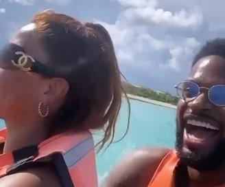 欢度假期!丹尼尔斯晒妻子剪辑的两人海边游玩的短片