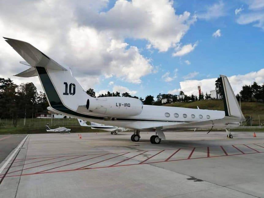 有大哥真好!5名阿根廷国脚将搭乘梅西的私人飞机回国
