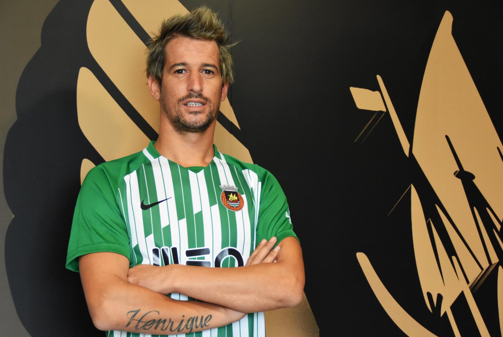 科恩特朗时隔18个月重返足坛,与母队葡超阿维河签约一年