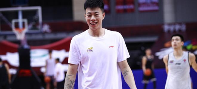 张镇麟:尽我所能帮助辽宁赢球,会顶替二哥的位置打四号位