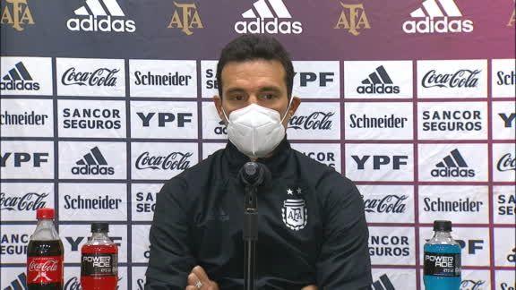 斯卡洛尼:劳塔罗半场前扳平比分对阿根廷取胜至关重要