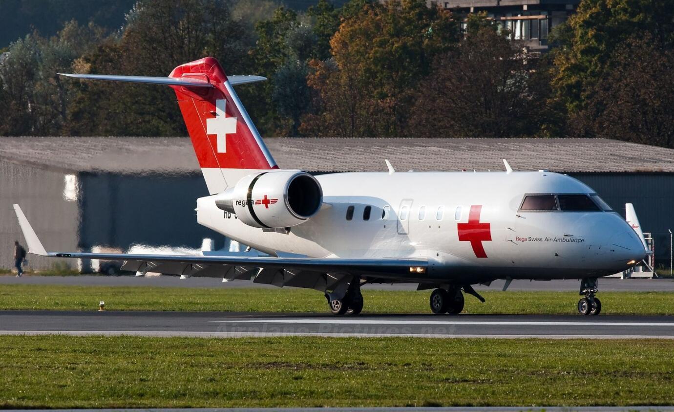 C罗获得许可并搭乘医护飞机返回了都灵,全程隔离状态