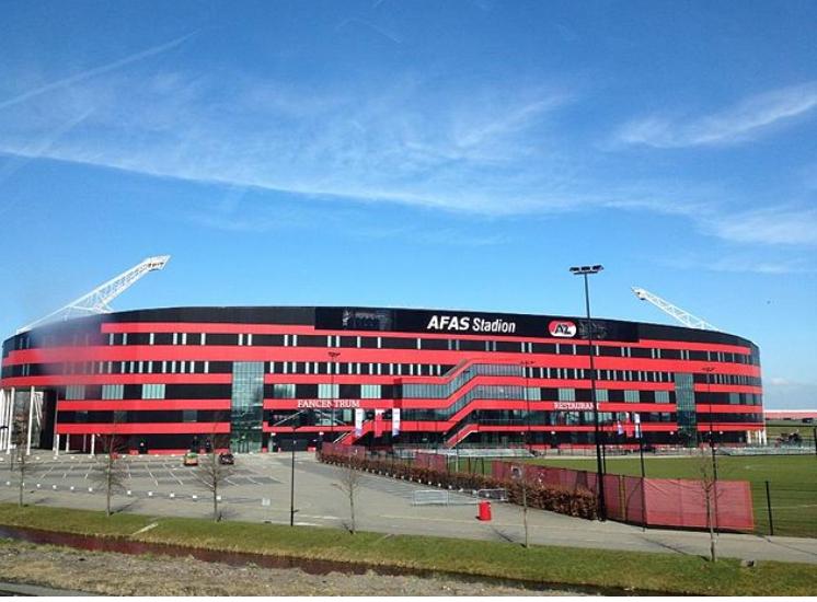 荷媒:阿尔克马尔至少8人确诊,与那不勒斯欧联比赛成疑