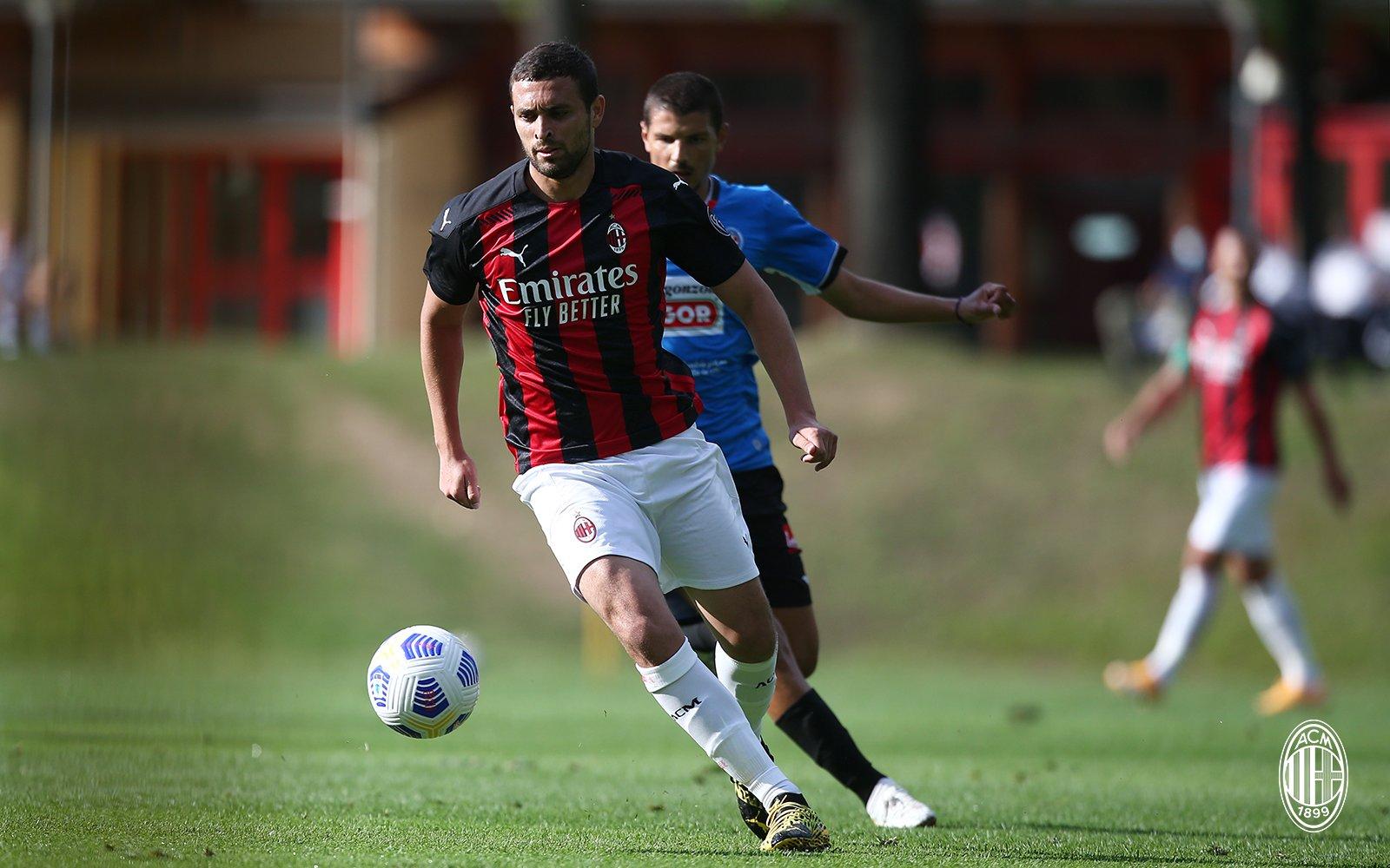 官方:AC米兰后卫莱奥-杜阿尔特新冠转阴,已经恢复训练