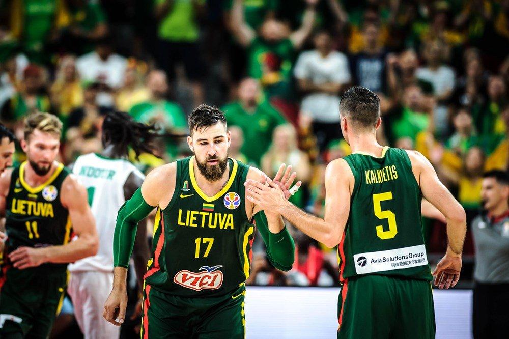 瓦兰丘纳斯和萨博尼斯预计将于11月底加入立陶宛国亚博游戏软件下载家队