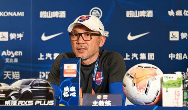 张外龙:对阵申花将轮换,重庆要为历史最好成绩而努力