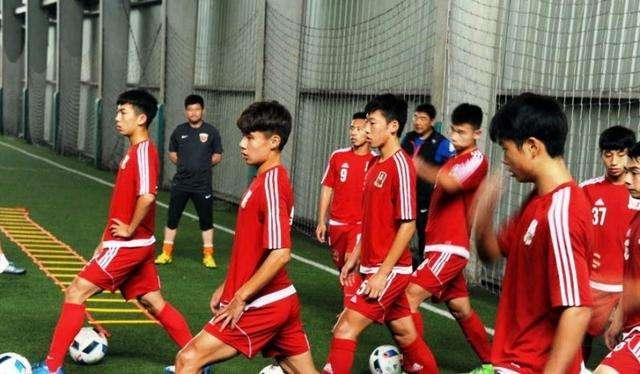德甲联盟高层谈中国足球:做好青训,成功只是时间问题