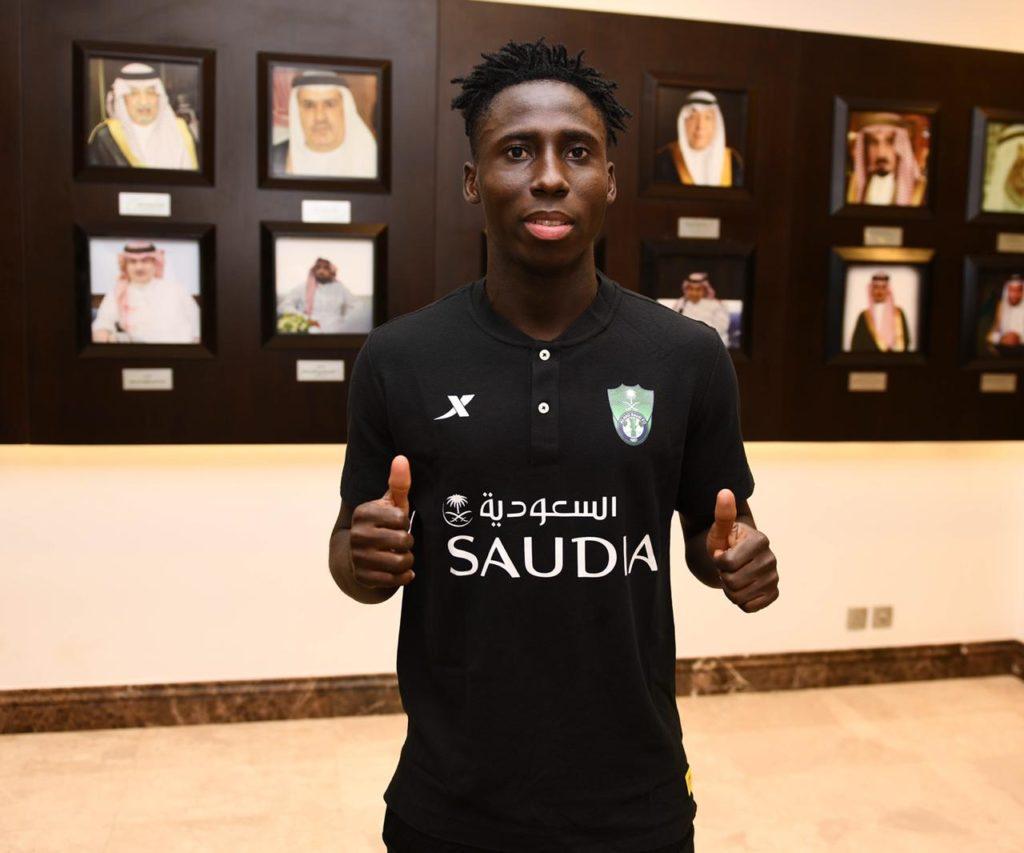 曾是上港绯闻外援,加纳国脚奥苏乌加盟沙特球队