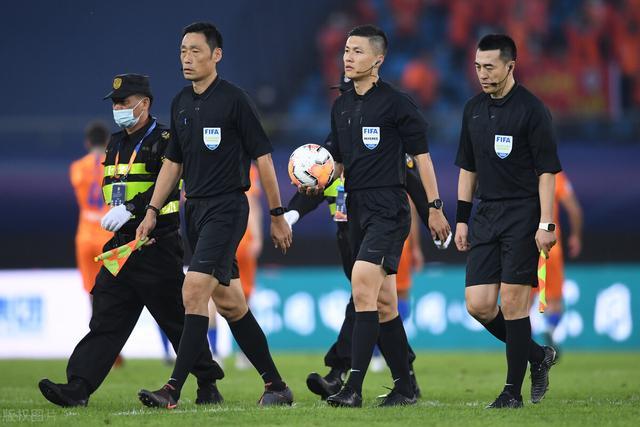 津媒:国安鲁能或足协杯相遇,恐又将考验裁判