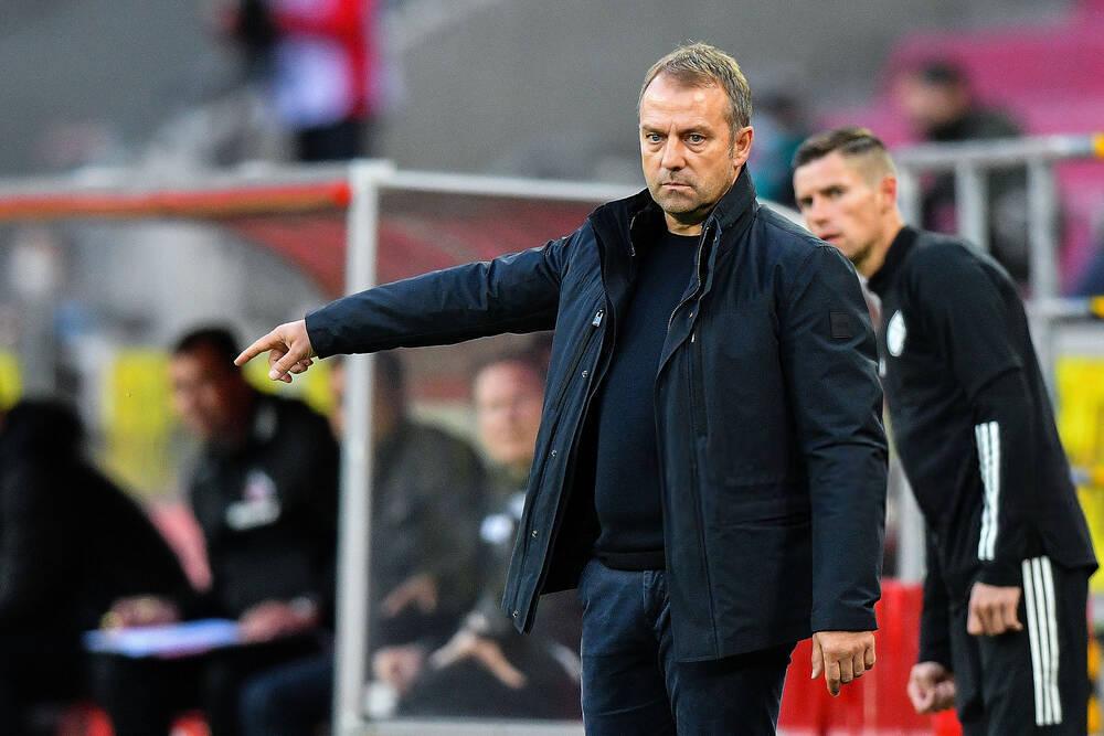 弗里克:拜仁的失误让比赛困难,手球由相关规则来决定