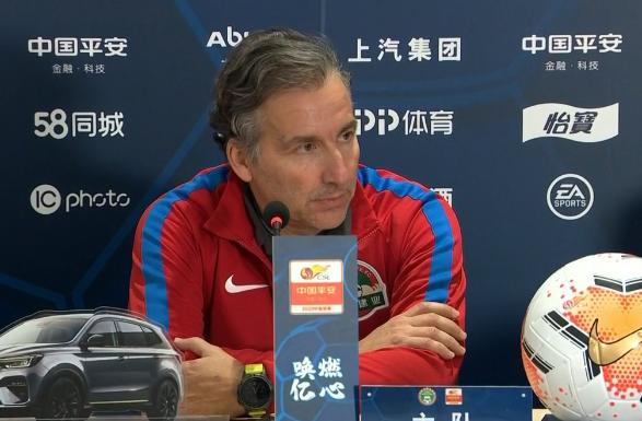 哈维尔:今天把握机会能力不太好,伊沃回归时间还不确定