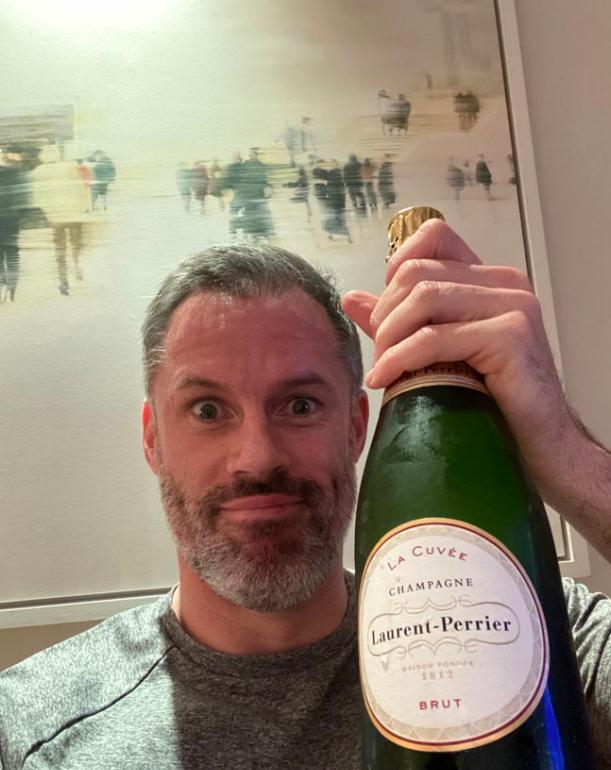真相爱相杀!曼联输球后,卡拉格开香槟庆祝并艾特内维尔