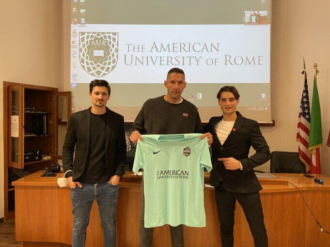 前国米中卫马特拉齐担任欧洲著名足球管理学院培训总监