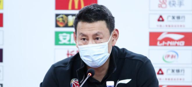 李楠:我们得分困难防守吃力,与广州实力有差距