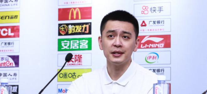 杨鸣:松懈导致输球我不高兴,连胜终结能发现问题