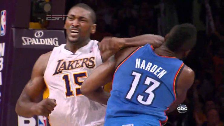 慈世平:肘击哈登并非有意,是真的不凑巧