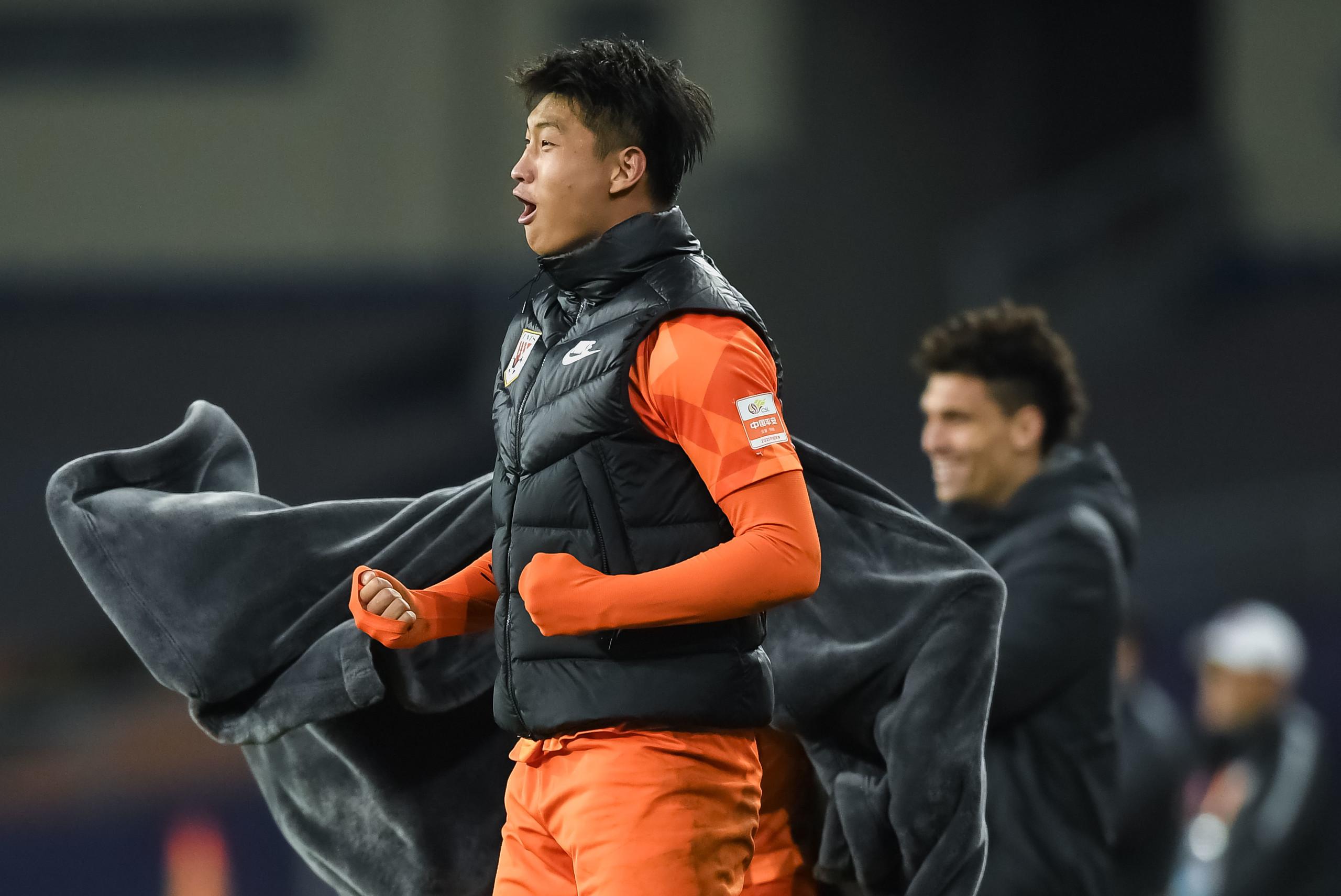 郭田雨:完成亚博直播平台了进5球的小目标,希望大武汉能成功保级