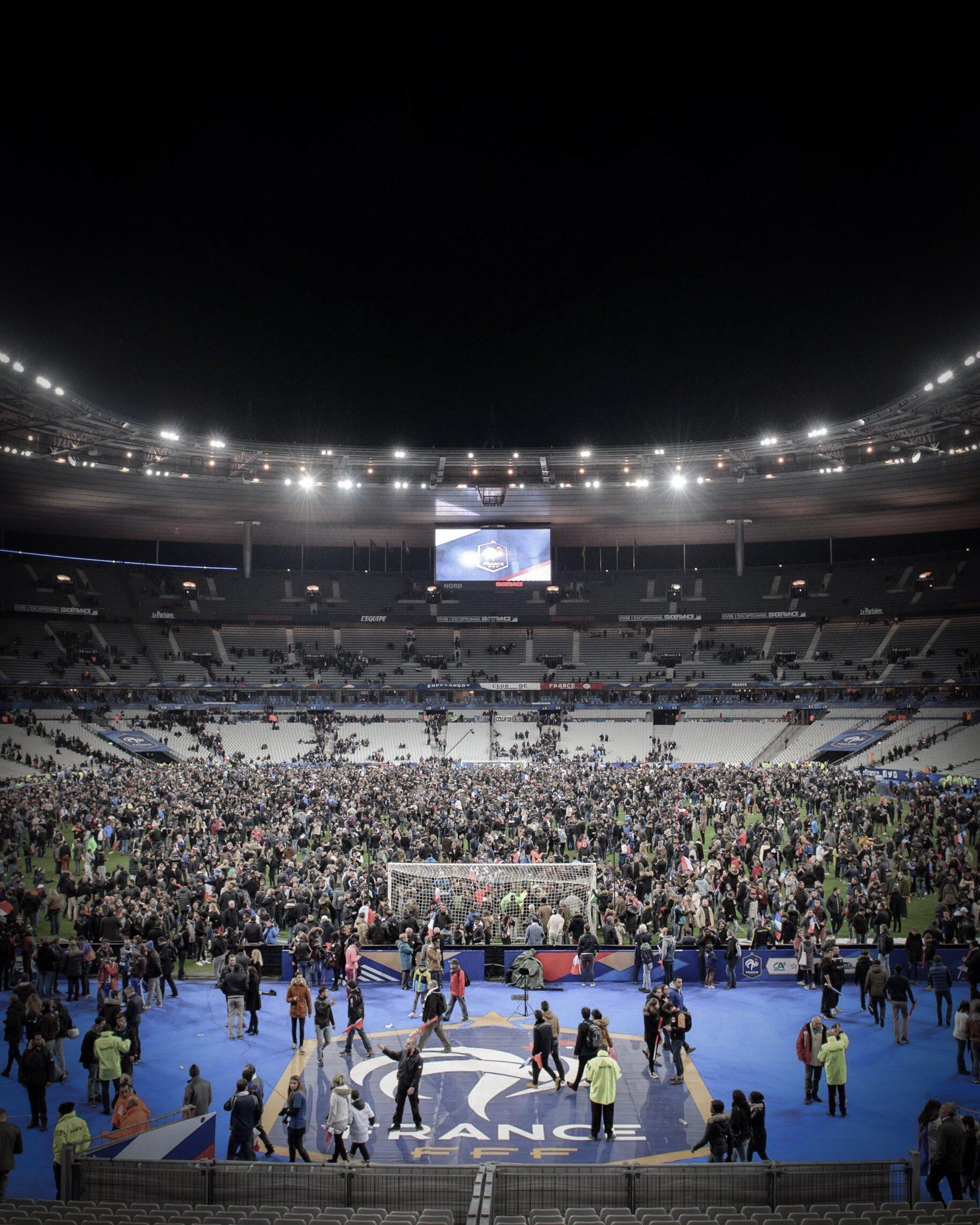 萨内发推纪念国家队首秀:心和巴黎恐袭的遇难者在一起-F1