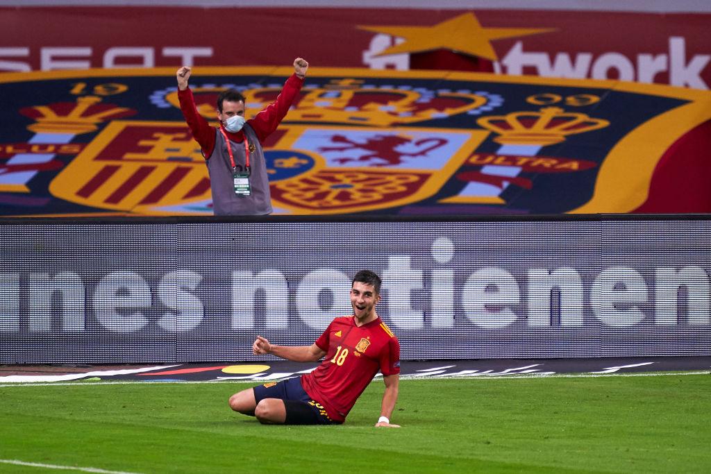 青春!费兰-托雷斯上演帽子戏法,西班牙队史第二年轻