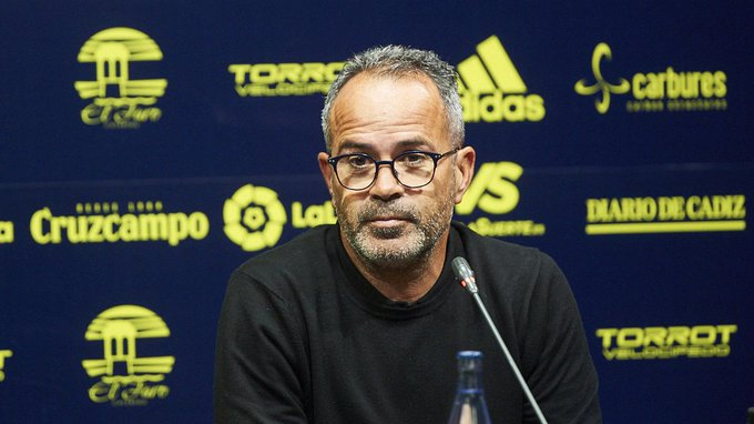 官方:加迪斯主帅因赛后批评裁判被西班牙足协禁赛4场