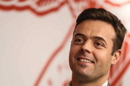 罗马官方:任命36岁本菲卡总监平托,为俱乐部新任总经理