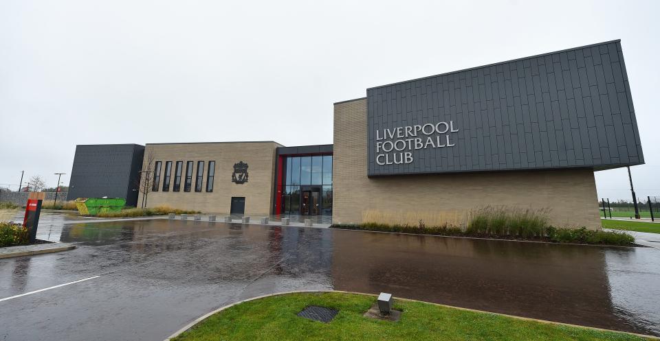 利物浦新训练基地一天停电三次,其中一次是在渣叔开会期间