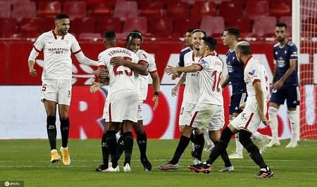西甲:穆尼尔破门拉基蒂奇送助攻,塞维利亚4-2塞尔塔