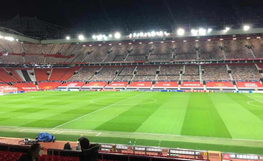 曼联vs伊斯坦布尔:卡瓦尼范德贝克首发,B费特莱斯出战