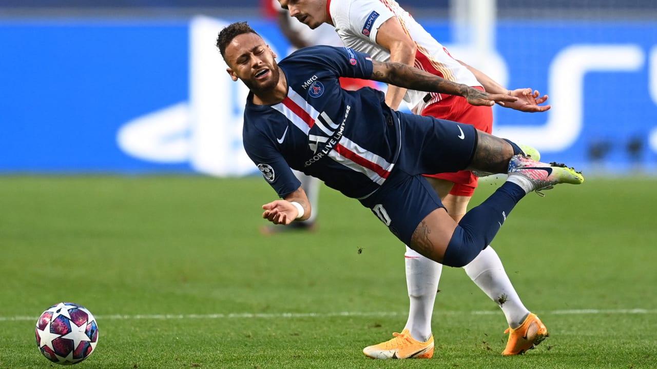 巴黎助教:内马尔的双脚很敏感,因伤病疼痛感巨大