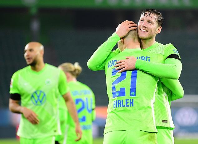 德甲:韦霍斯特双响布鲁克斯破门+乌龙,狼堡5-3不莱梅