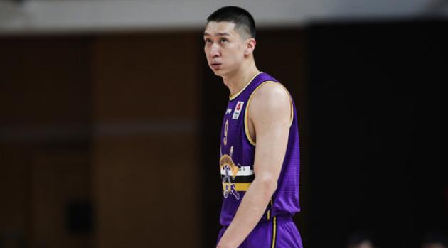 京媒:孙悦因腰伤继续缺阵,最快1月初回到赛场